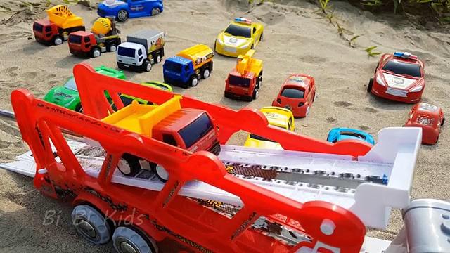 Trucks for children: Lots of trucks   Truck videos for kids.
