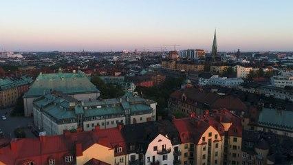 Sebastian Stakset - Berlinmurar & Eiffeltorn