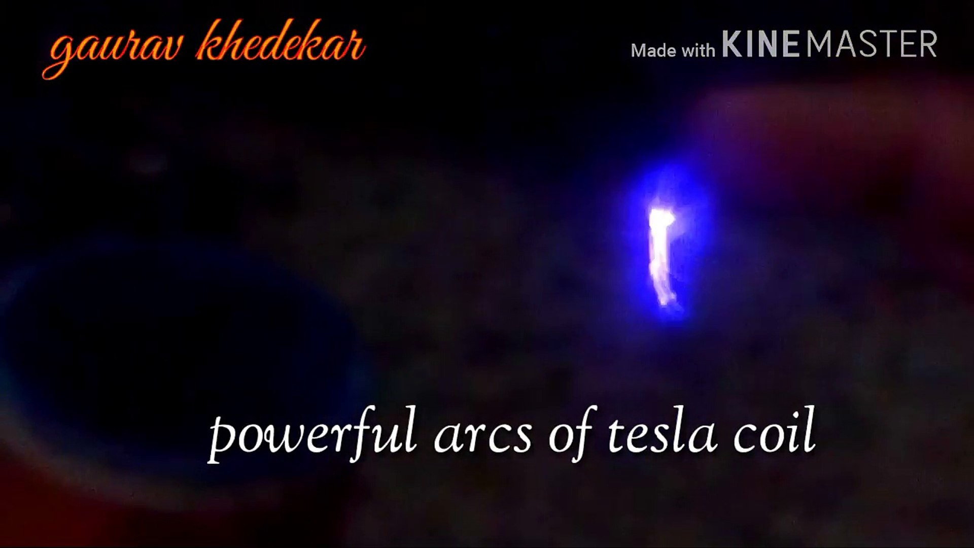 Playing With Powerful Arcs Of Tesla Coil