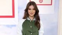 Hailee Steinfeld Set to Star as Emily Dickinson in 'Dickinson' | THR News