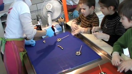 Мастер класс в мастерской карамели Делаем машинку из карамели своими руками