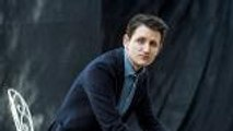"""Zach Woods on That 'Silicon Valley' Scene with a """"Plastic Surgery Style Procedure"""" 