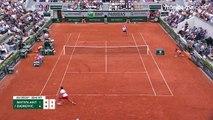 Novak Djokovic détruit sa raquette