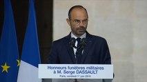 Édouard Philippe rend hommage à Serge Dassault
