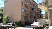 Samsun'da 3.kattan düşen çocuk ağır yaralandı
