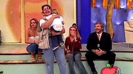 ¡TERRIBLE! León ataca a niña en pleno Programa en Vivo!