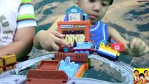 THOMAS AND FRIENDS WATER WORKS RESCUE SET Rocky the Crane to the Rescue KIDS PLAYING TOY TRAINS