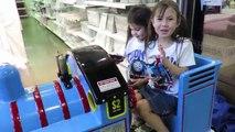 THOMAS RIDE ON TRAIN Kids Playing RIDE ON TOYS Thomas the Train Ride On Toy THOMAS & FRIENDS TOYS