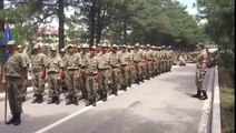 Fanatik Galatasaraylı Komutan'ın Askerlere Galatasaray Marşı Söyletmesi/Fanatic Galatasaray Commander telling the soldiers Galatasaray anthem