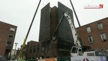Cergy : démolition de la tour de l'Observatoire