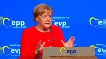 Merkel pide una política común de asilo en la UE