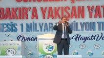 """- Orman ve Su işleri Bakanı Eroğlu Diyarbakır'da- Veysel Eroğlu:- """"Diyarbakır'a 1 milyar 70 milyon liralık 10 tesisin temelini atacağız""""- """"Diyarbakır'a hükümetimiz çok önem veriyor, burası peygamberler, evliyalar diyarı, buray..."""