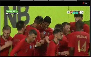 Résumé : Premiere mi-temps (Portugal 2-0 Algérie)