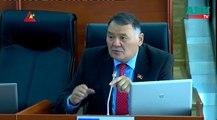 Депутат Камчыбек Жолдошбаев возмутился качеством телетрансляции заседаний: Как мы там выглядим? Лицо красное, нос красный