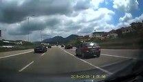 JOQ ne dalje te Tiranes ne drejtim te Elbasanit, dy makina me xhama te zinj,Mercedez dhe Audi, me parakaluan me shpejtesi te madhe, Audi rrezikoj te bente aksi