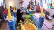 VLOG - FUN PARK & PISCINE à BALLES dans le salon - ANNIVERSAIRE  de Fantin