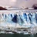 Ice breaks from the Perito Moreno Glacier, Los Glaciares National Park, Argentina