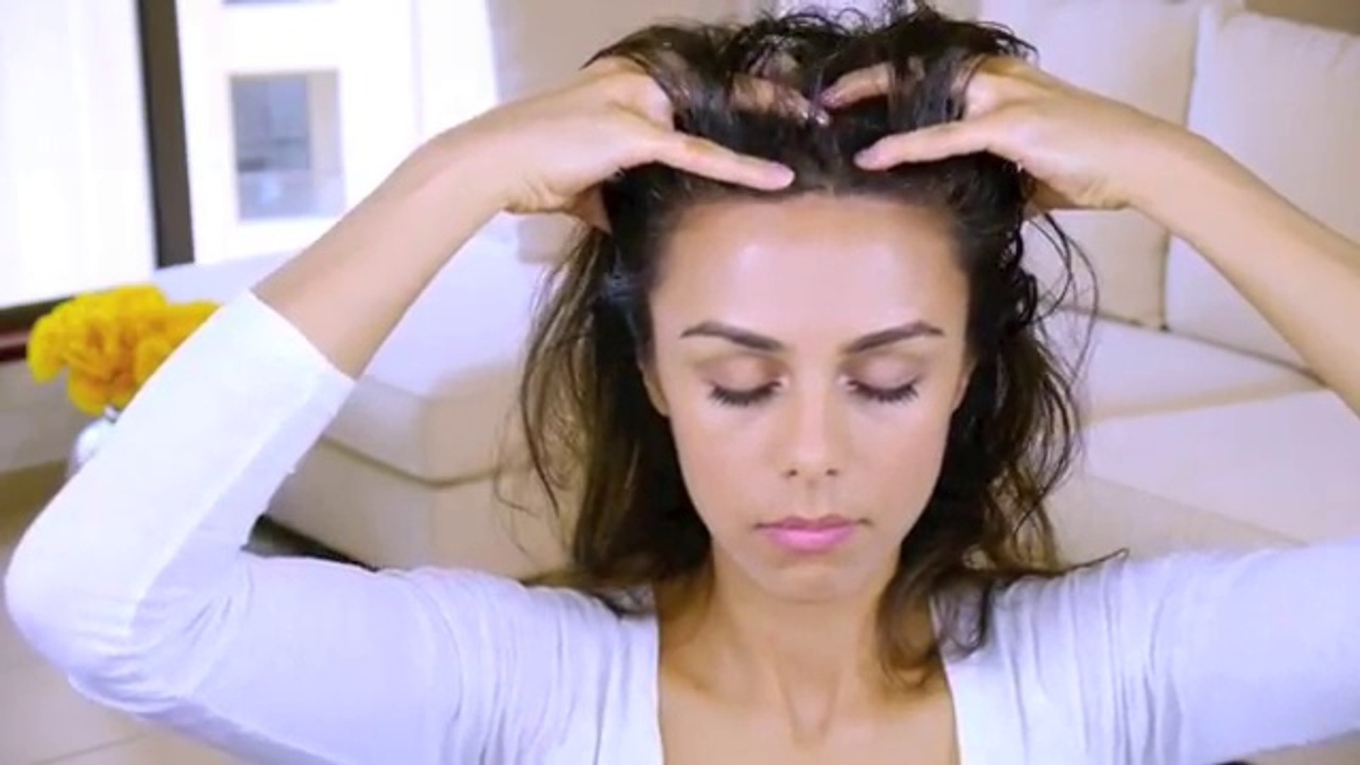 DIY Scalp Massage for Healthy Strong Hair! ♥ (Stimulates Growth & Conditions)