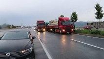 Afyonkarahisar karayolu sağanak nedeniyle ulaşıma kapandı (3) - DENİZLİ