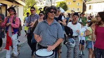 MJC menacée à Briançon  : 300 personnes dans la rue