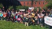 Les enfants du Centre Maximilien Kolbe manifestent contre la fermeture du Centre