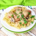☆☆SLOW COOKER MEATBALL STROGANOFF☆☆The quickest and easiest of slow cooker meals. Pure comfort food!RECIPE: