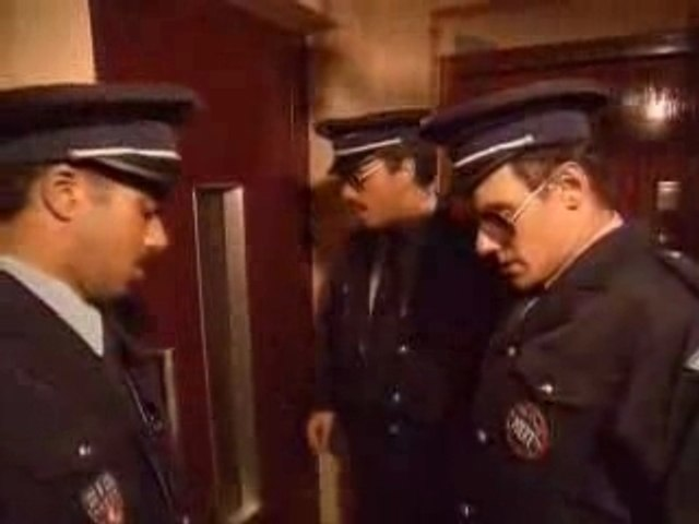 Les inconnus La Police