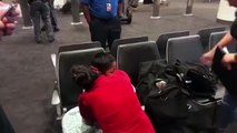 Etats-Unis : après une séparation d'un mois, les retrouvailles d'une migrante et de son fils de 7 ans