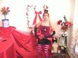 Scottish Girl - We Wish You a Merry Christmas - Fun Carol