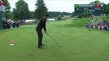 Un écureuil vient perturber un golfeur