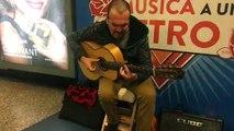 Artista Callejero: Guitarrista Andres Araya desde el centro de Santiago #Envivo