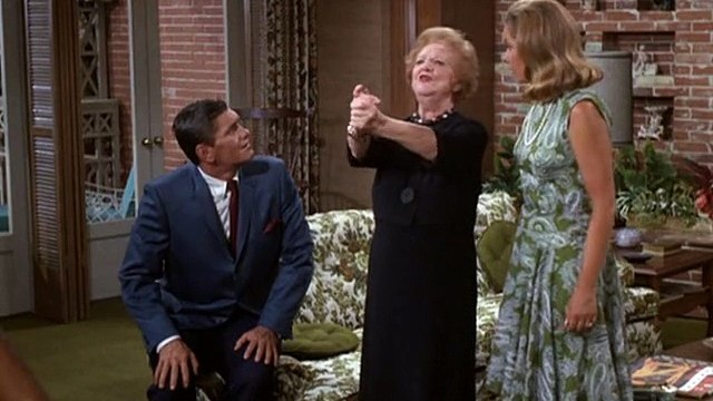 Bewitched S3 E14 - Samantha For The Defense