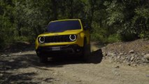 All-new 2019 Jeep Renegade Trailhawk Driving Video