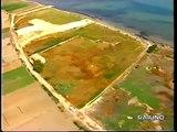Ariscianne , Barletta - La spiaggia dei misteri - Linea Blu 1997