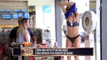 Girl takes off her clothes to climb the scale and leaves the woman sick with rage