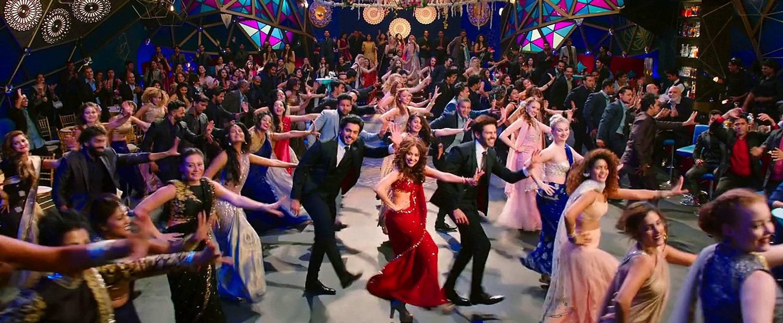Yo Yo Honey Singh DIL CHORI SADA HO GaYA - Video Song 2018- Sonu Ke Titu Ki Sweet