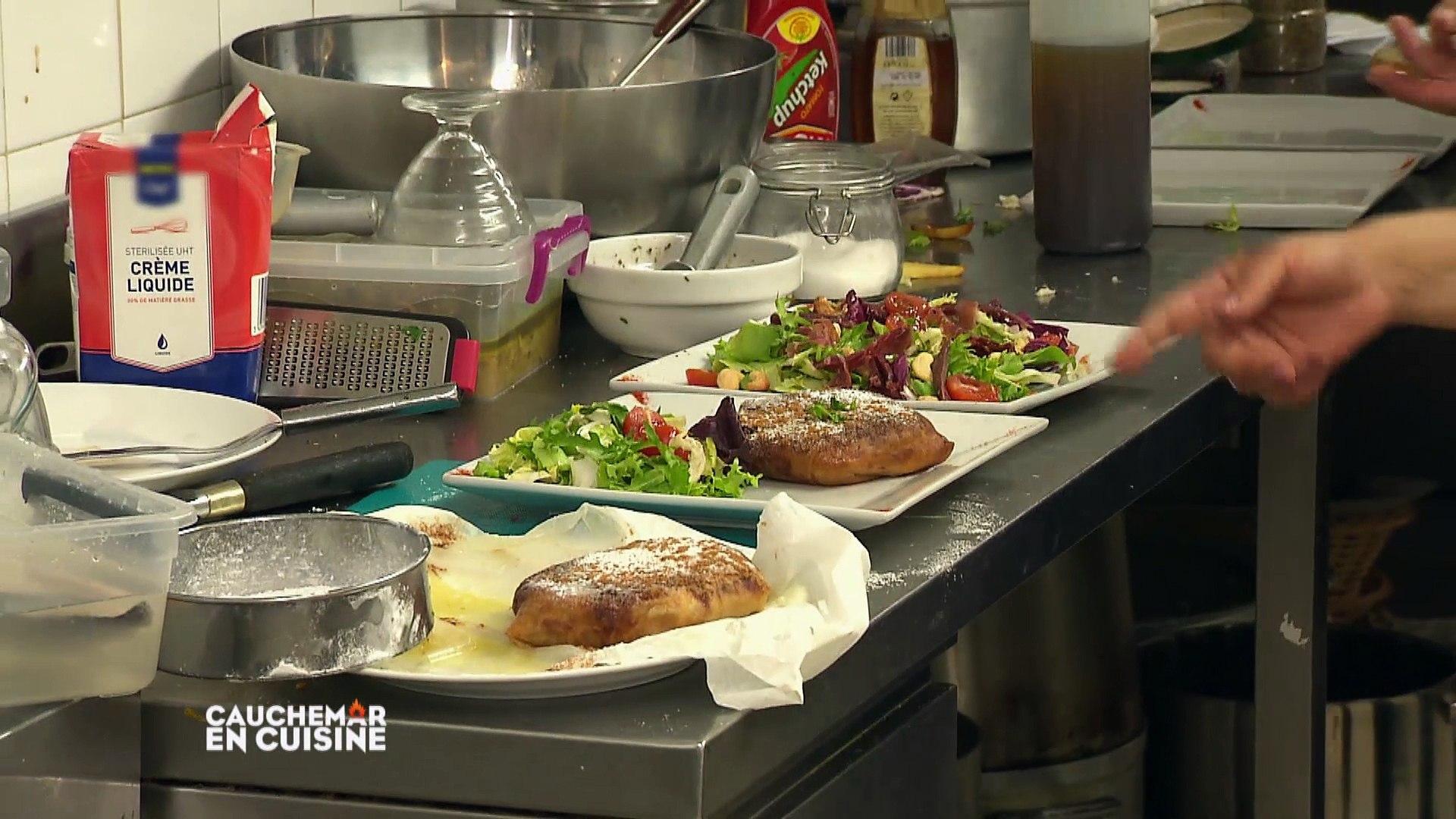 Cauchemar En Cuisine A Marseille Siham Et Sanna La Guerre Des