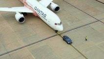 تسلا موديل اكس تجر طائرة بوينج 787 دريملاينر 300 متر!