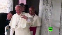 بابا الفاتيكان يتعرض لإصابة دامية في كولومبيا: تعرف على التفاصيل