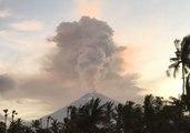 Mount Agung Eruption Threatens to Disrupt Flights in Bali