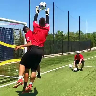 Training with Major League Soccer (MLS) pros (via Moalifc)