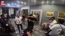Legend Ronaldo surprises Brazilian players in their hotel before their first matchLegend Ronaldo surprises Brazilian players in their hotel before their first match