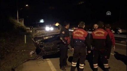 Kozlu'da Otomobil Devrildi: 4 Yaralı