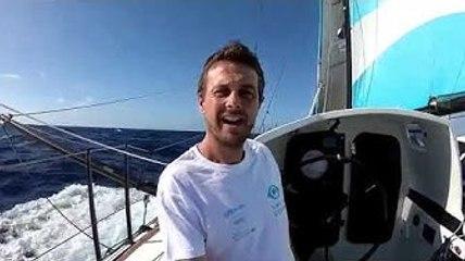 vidéo du bord - Stéphane LE DIRAISON - TIME FOR OCEANS
