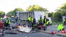 La mobilisation des gilets jaunes à Martigues avec les images de François Déléna.