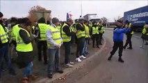Gilets Jaunes : L'intervention des gendarmes mobiles sur le rond-point des Jardiniers à Saint-Marcel