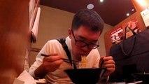 'Yalnızlık paylaşılmaz' yemekte bile: New York'ta bir yalnızlık restoranı