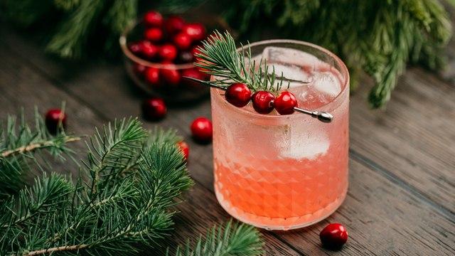 Muddled Pine Cocktail Recipe - Liquor.com