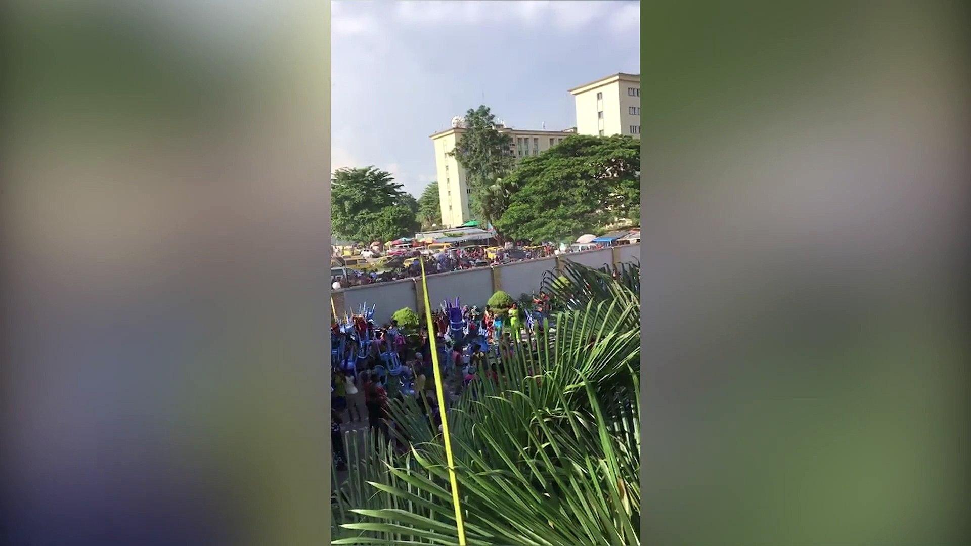 Un meeting organisé par le Front commun pour le Congo à Kinshasa pour les femmes de policiers et mil