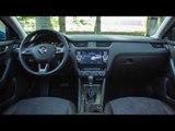 2014 Skoda Octavia Scout - Interior | AutoMotoTV